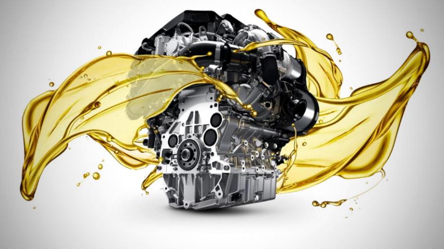 ماهو الوقت الأنسب لتغيير زيت محرك سيارتك?